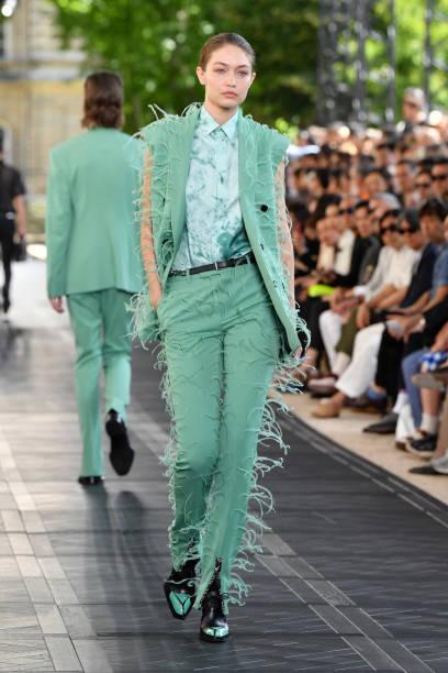 Berluti : Runway - Paris Fashion Week - Menswear Spring/Summer 2020:ニュース(壁紙.com)