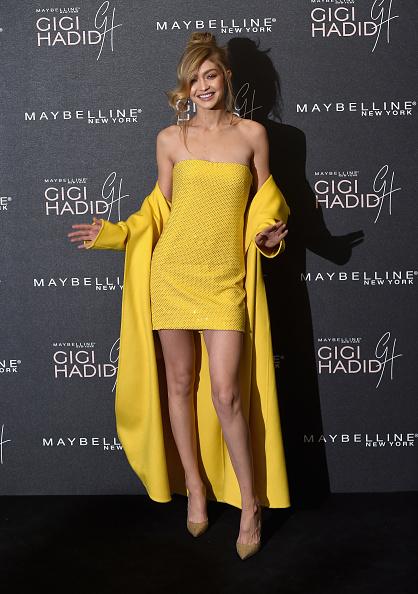 エンベリッシュ「Gigi Hadid X Maybelline Party - Arrivals」:写真・画像(2)[壁紙.com]