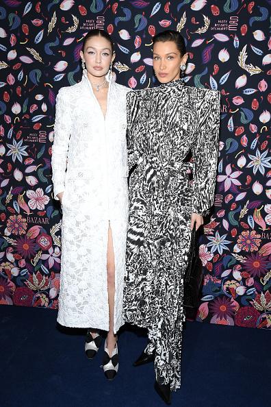 Chanel Dress「Harper's Bazaar Exhibtion At Musee Des Arts Decoratifs In Paris」:写真・画像(15)[壁紙.com]