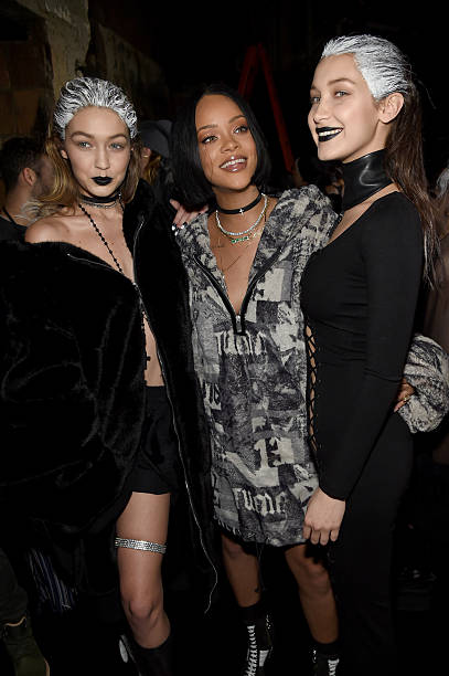 FENTY PUMA by Rihanna AW16 Collection - Front Row - Fall 2016 New York Fashion Week:ニュース(壁紙.com)
