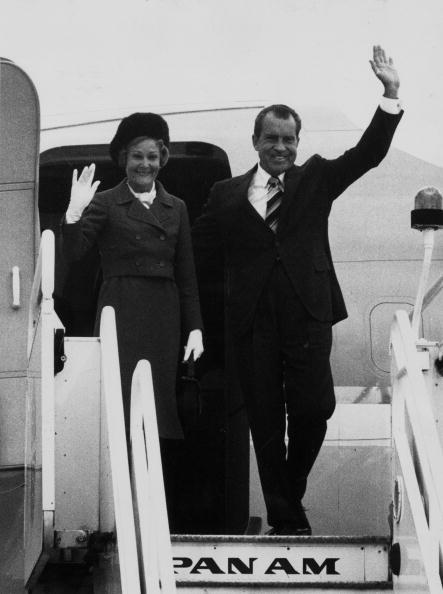 Wave「Nixons Arrive」:写真・画像(7)[壁紙.com]