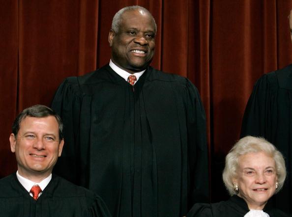 Justice - Concept「Supreme Court Justices Pose For Annual Portrait」:写真・画像(19)[壁紙.com]