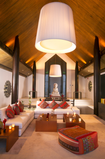 Buddhism「Luxurious Asian dining room in a tropical villa」:スマホ壁紙(15)