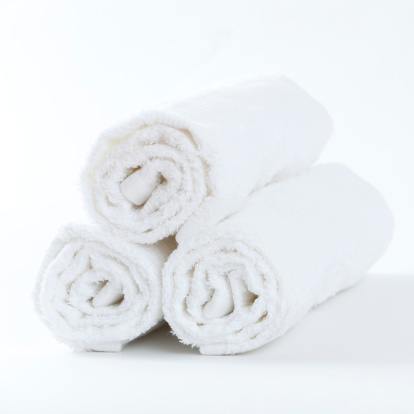 Health Spa「Three clean white towels」:スマホ壁紙(14)