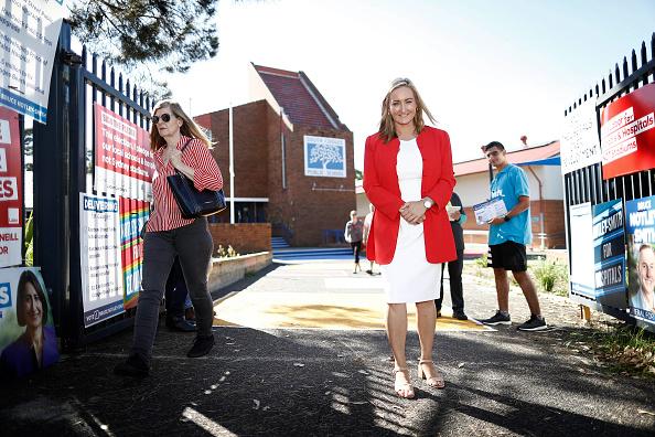 ポートレート「New South Wales Residents Head To Polls In State Election」:写真・画像(4)[壁紙.com]