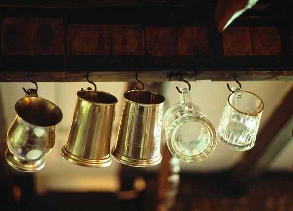 Empty「Drinking Vessels」:写真・画像(1)[壁紙.com]