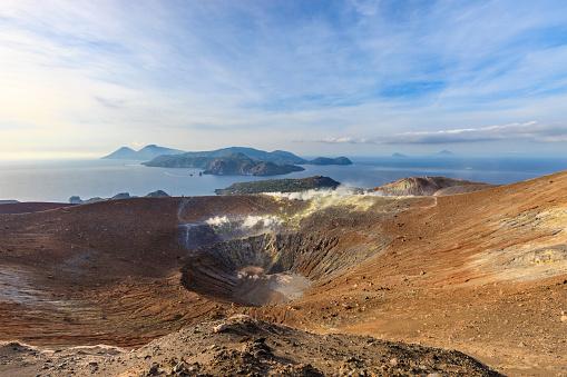 Aeolian Islands「Vulcano - Gran Cratere della Fossa, Aeolian Islands - Sicily」:スマホ壁紙(19)