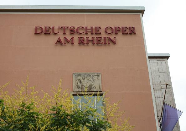 Düsseldorf「Dusseldorf Opera House」:写真・画像(12)[壁紙.com]