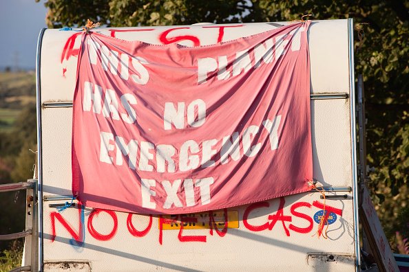 Risk「The climate camp in Mainshill Wood near Douglas in Lanarkshire, Scotland, UK. This site has been squatted by protestors protesting against Scottish Coal getting planning permission to open up a new open cast coal mine on the site. As well as the disastro」:写真・画像(17)[壁紙.com]