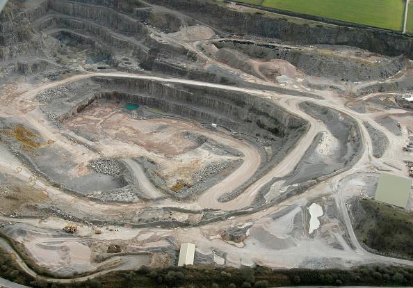 Open-pit Mine「Aerial, Quarry, Vale of Glamorgan, South Wales」:写真・画像(11)[壁紙.com]