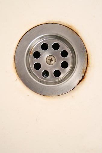 Rusty「Stained water drain」:スマホ壁紙(18)