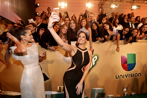 MGM Grand Garden Arena「15th Annual Latin GRAMMY Awards - Green Carpet」:写真・画像(16)[壁紙.com]