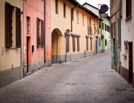 Alley「Italian Alley With Colorful Houses」:スマホ壁紙(15)