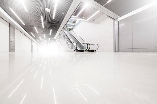 Convenience「Escalators」:スマホ壁紙(18)
