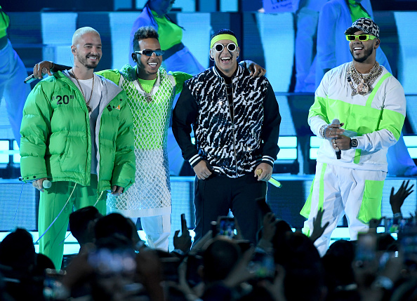 Billboard Latin Music Awards「2019 Billboard Latin Music Awards - Show」:写真・画像(10)[壁紙.com]