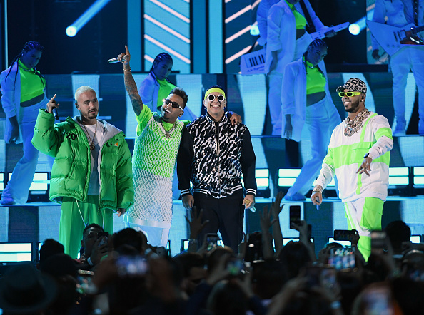 Award「2019 Billboard Latin Music Awards - Show」:写真・画像(5)[壁紙.com]