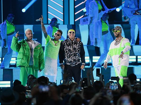 Billboard Latin Music Awards「2019 Billboard Latin Music Awards - Show」:写真・画像(7)[壁紙.com]