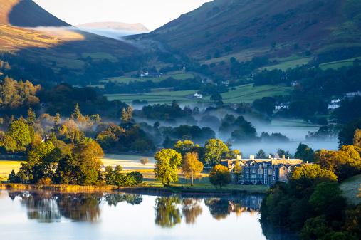 October「English Lake District: Grasmere sunrise」:スマホ壁紙(7)
