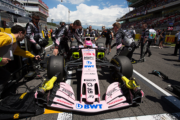 Mechanic「Esteban Ocon, Grand Prix Of Spain」:写真・画像(6)[壁紙.com]