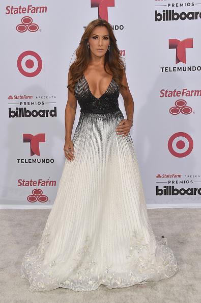 Watsco Center「2015 Billboard Latin Music Awards - Arrivals」:写真・画像(16)[壁紙.com]