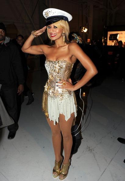 "Shoe Boot「The USO Presents ""VH1 Divas Salute The Troops"" - Show」:写真・画像(6)[壁紙.com]"