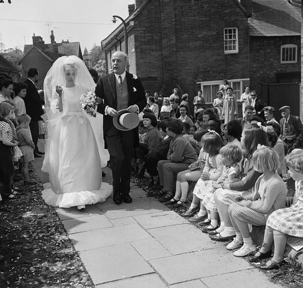 Reg Burkett「Wedding of Candida Betjeman And Rupert Lycett Green」:写真・画像(12)[壁紙.com]