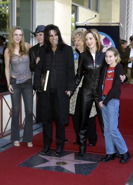 Walk Of Fame「Alice Cooper Receives A Star On the Hollywood Walk of Fame」:写真・画像(11)[壁紙.com]