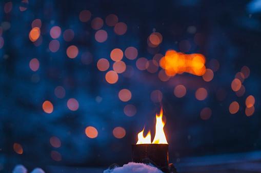 Defocused「Flames in winter」:スマホ壁紙(16)
