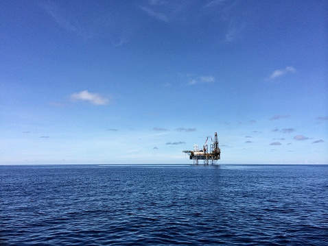 Oil Industry「Drilling platform - offshore」:スマホ壁紙(5)
