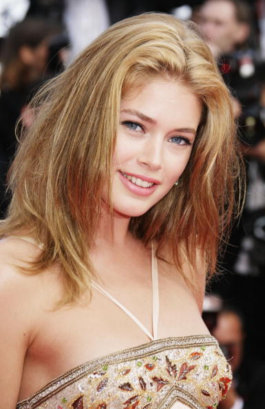"60th International Cannes Film Festival「Cannes - ""Promise Me This"" - Premiere」:写真・画像(14)[壁紙.com]"
