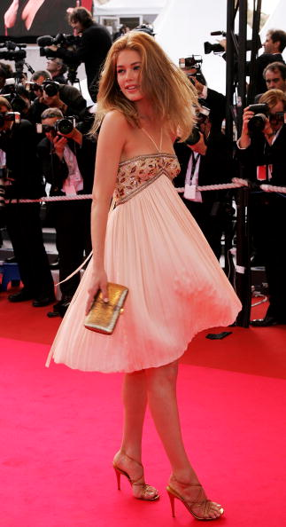 60th International Cannes Film Festival「Cannes - 'Promise Me This' - Premiere」:写真・画像(6)[壁紙.com]
