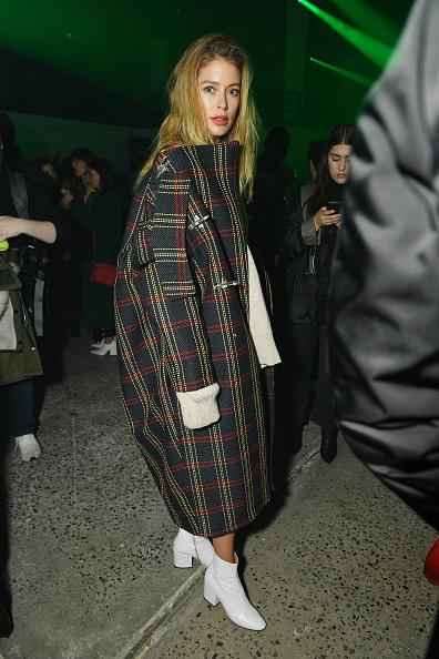 ニューヨークファッションウィーク「Raf Simons - Front Row - February 2018 - New York Fashion Week Mens'」:写真・画像(8)[壁紙.com]