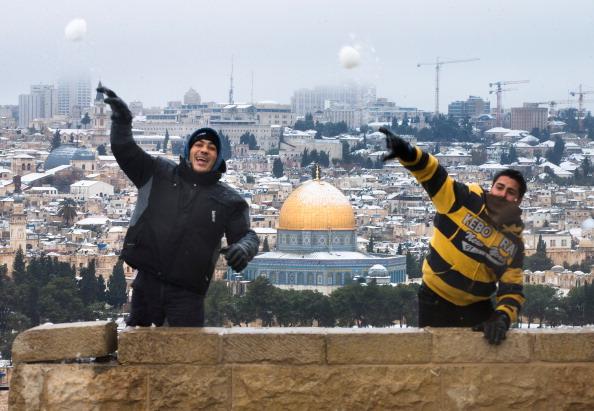 Uriel Sinai「Snow Storms Blanket Jerusalem」:写真・画像(18)[壁紙.com]