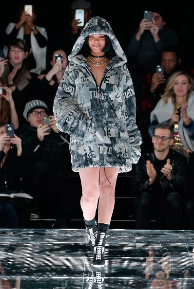 Fashion show「FENTY PUMA by Rihanna AW16 Collection - Runway - Fall 2016 New York Fashion Week」:写真・画像(14)[壁紙.com]