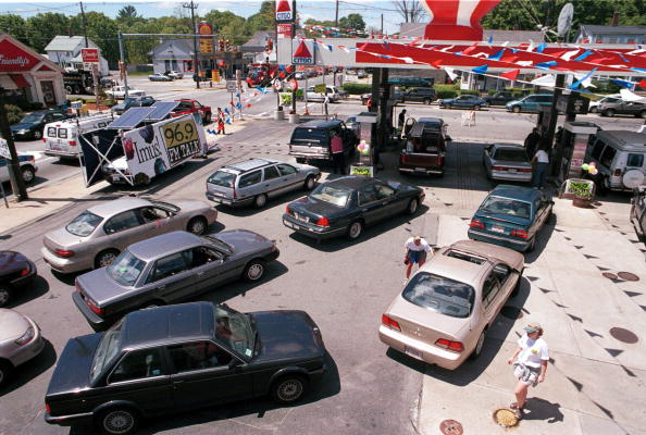 Weekend Activities「GAS PRICES RISE FOR MEMORIAL DAY WEEKEND」:写真・画像(12)[壁紙.com]