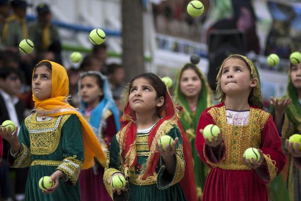Kabul「Afghan Children Celebrate World Circus Day」:写真・画像(9)[壁紙.com]