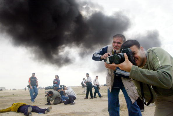 Journalist「Mock Chemical Attack In Kuwait City」:写真・画像(4)[壁紙.com]