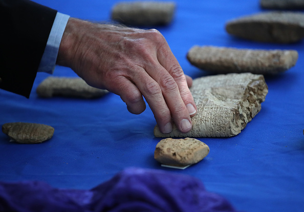 Hobby Lobby「ICE Returns Ancient Artifacts Seized From Hobby Lobby To Iraq」:写真・画像(1)[壁紙.com]