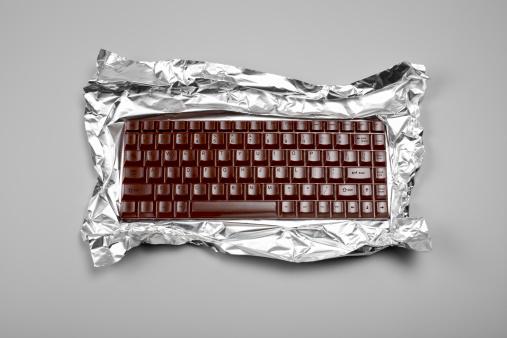 Computer Key「Chocolate Computer Keyboard」:スマホ壁紙(1)