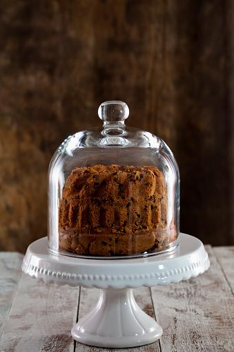Kitchen Utensil「Chocolate cake on cake stand」:スマホ壁紙(13)