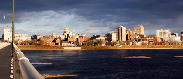 Pennsylvania「USA, Pennsylvania, Harrisburg, cityscape」:スマホ壁紙(5)