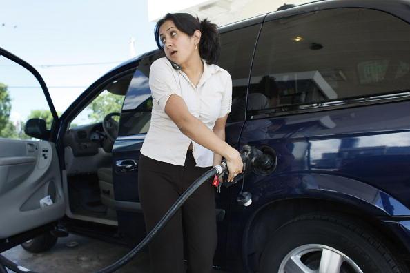Hurricane Ike「Average Gas Prices Rise 17 Cents In Wake Of Hurricane Ike」:写真・画像(12)[壁紙.com]