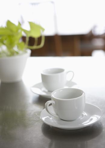 ソーサー「Coffee cups」:スマホ壁紙(9)