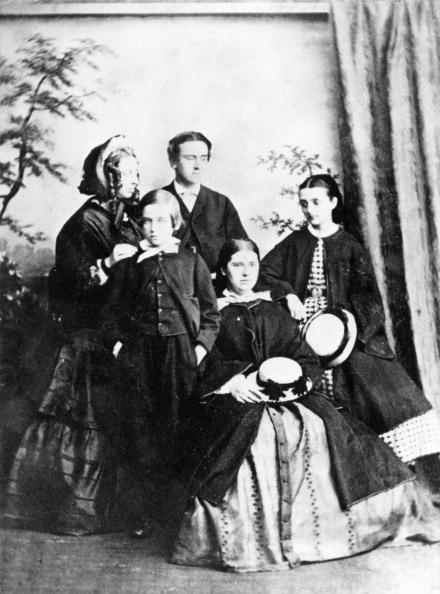 Family「Victorian Family Group」:写真・画像(9)[壁紙.com]