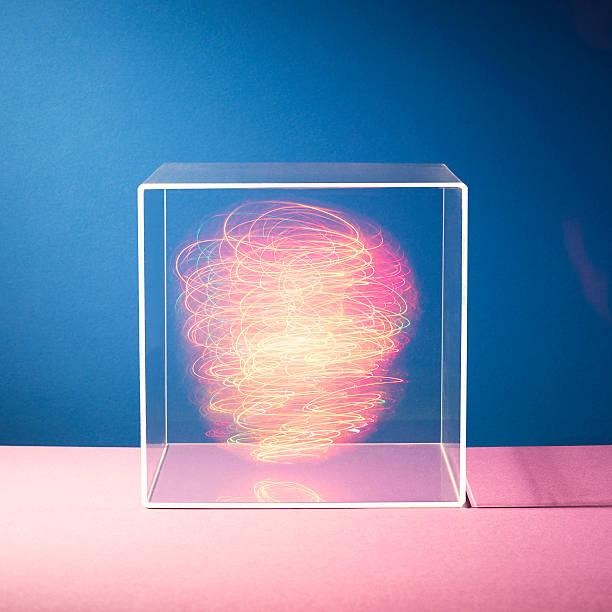 Energy in a box:スマホ壁紙(壁紙.com)