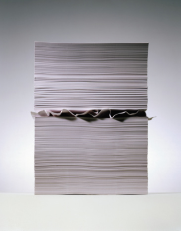 Contrasts「Crumpled sheet of paper in stack of paper」:スマホ壁紙(2)