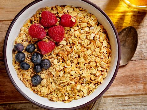 Oats - Food「Granola With Fresh Fruit」:スマホ壁紙(7)