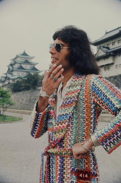 1970-1979「Freddie Mercury Queen Against The Nagoya Castle」:写真・画像(7)[壁紙.com]
