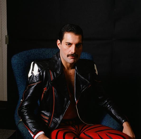 Rock Musician「Freddie Mercury's Photoshoot For MUSIC LIFE Magazine 1985」:写真・画像(8)[壁紙.com]