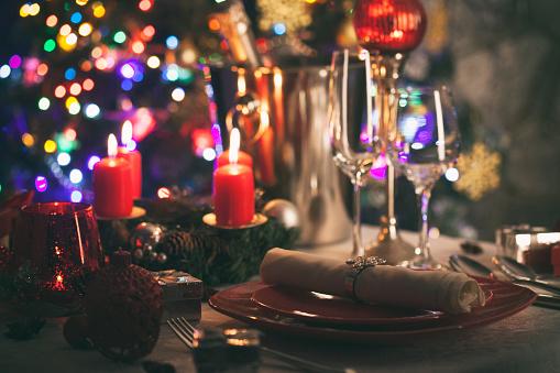 Place Setting「Elegant Christmas table setting」:スマホ壁紙(17)